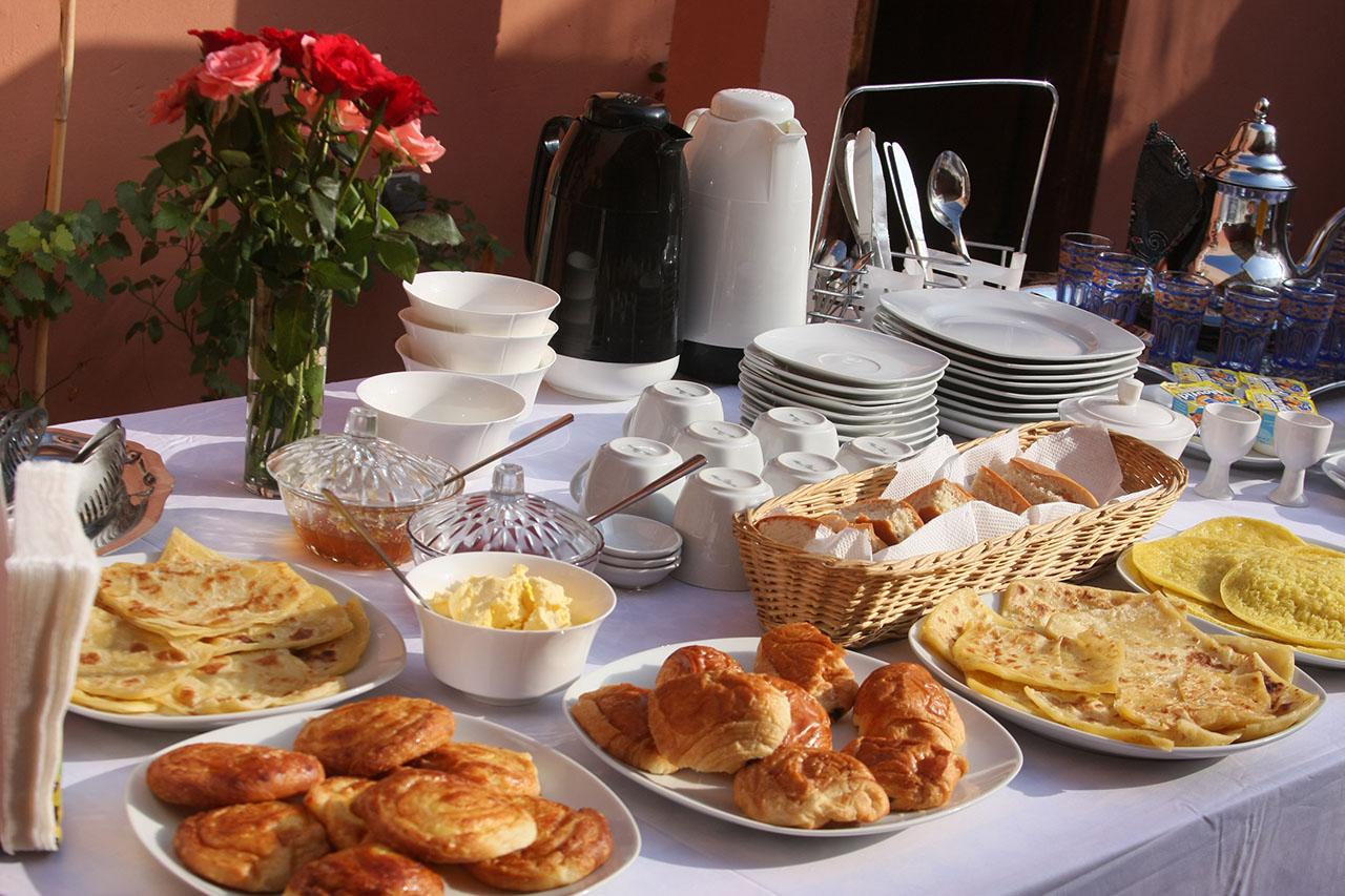 Pour les moins de 210 de qi page 1407 farmerama fr for Table a the marocaine